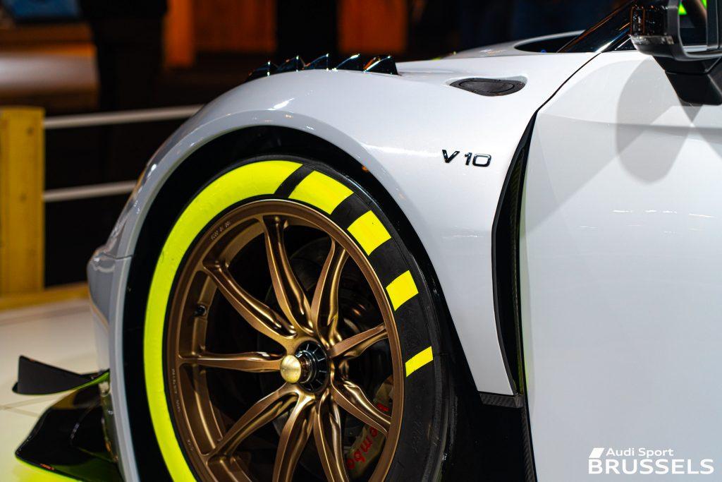 AUDI R8 LMS GT2 V10