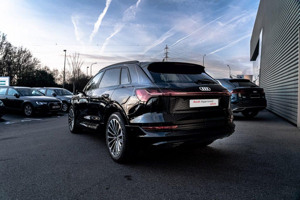 Audi e-tron 3/4 arrière gauche