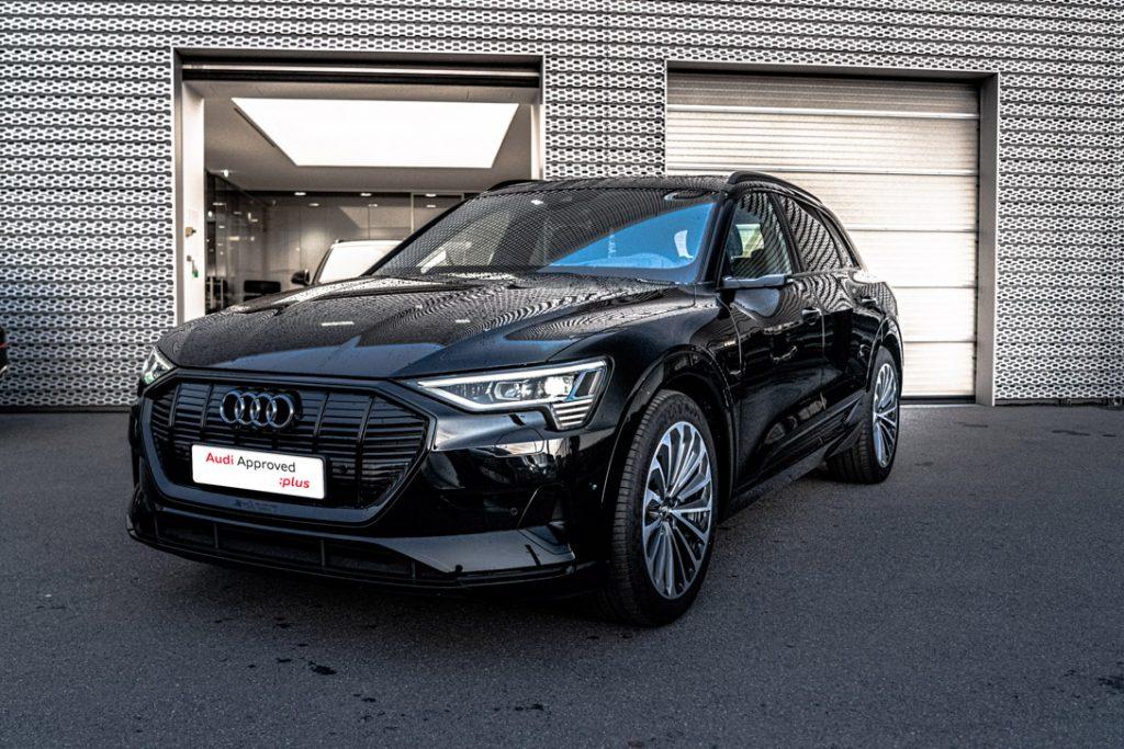 Audi e-tron 3/4 face droite