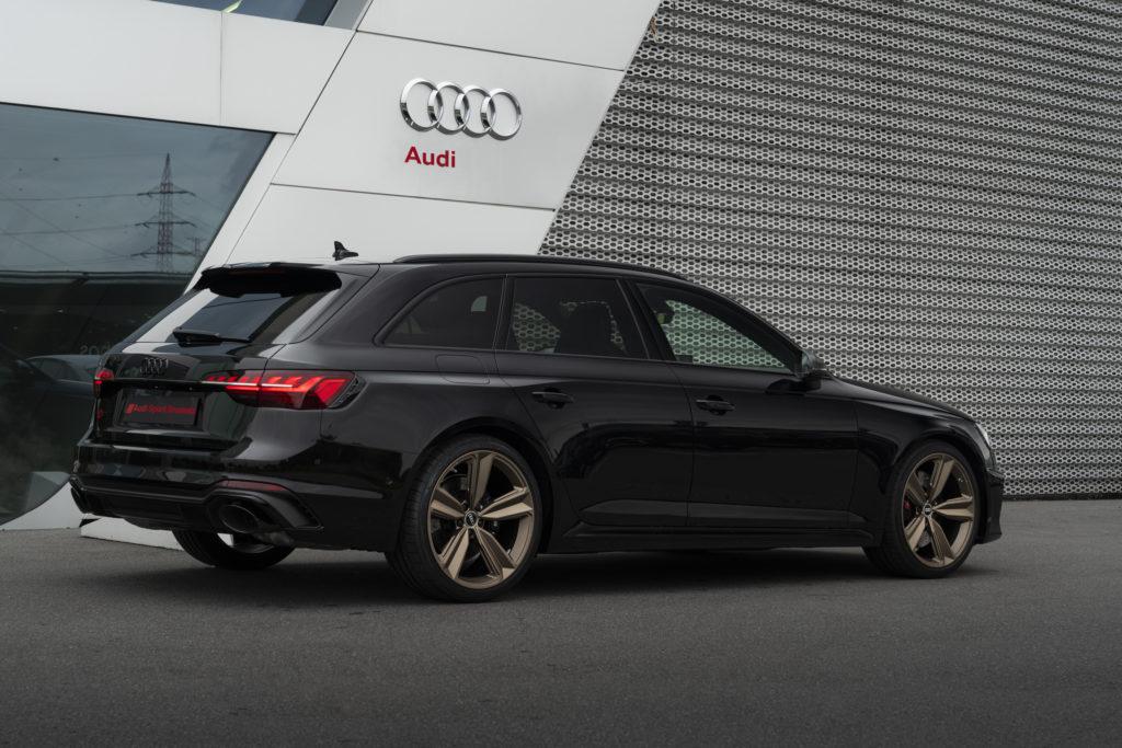 Audi RS4 Bronze Edition